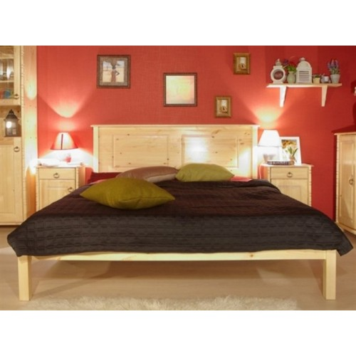 Двуспальная кровать из массива дерева Тора-1